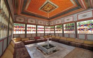 Интерьер ханского дворца в Бахчисарае