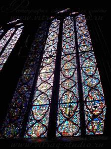 Витражи в часовне Сент-Шапель (Sainte Chapelle), Париж