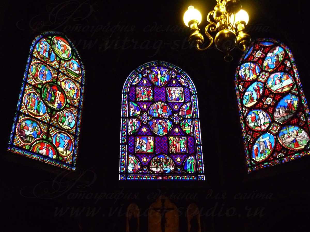 Витражи в соборе св.Германа Осерского